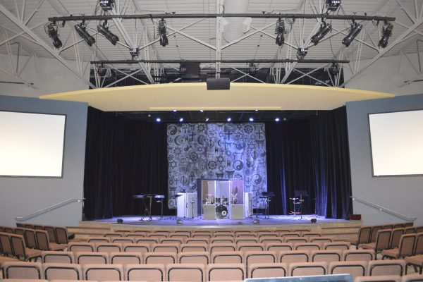 Creekside Church stage Pray project by Reinders and Rieder