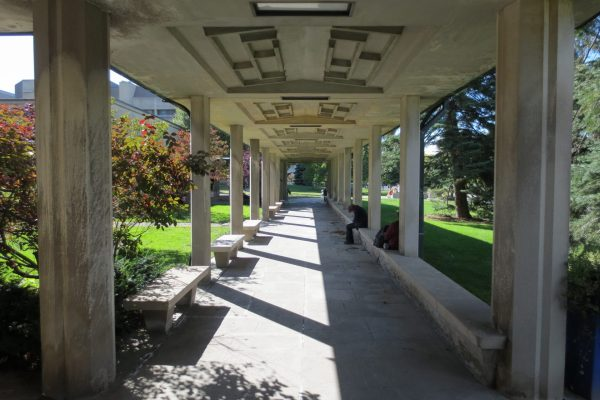 Divinity McMaster covered walkway Learn project by Reinders and Rieder